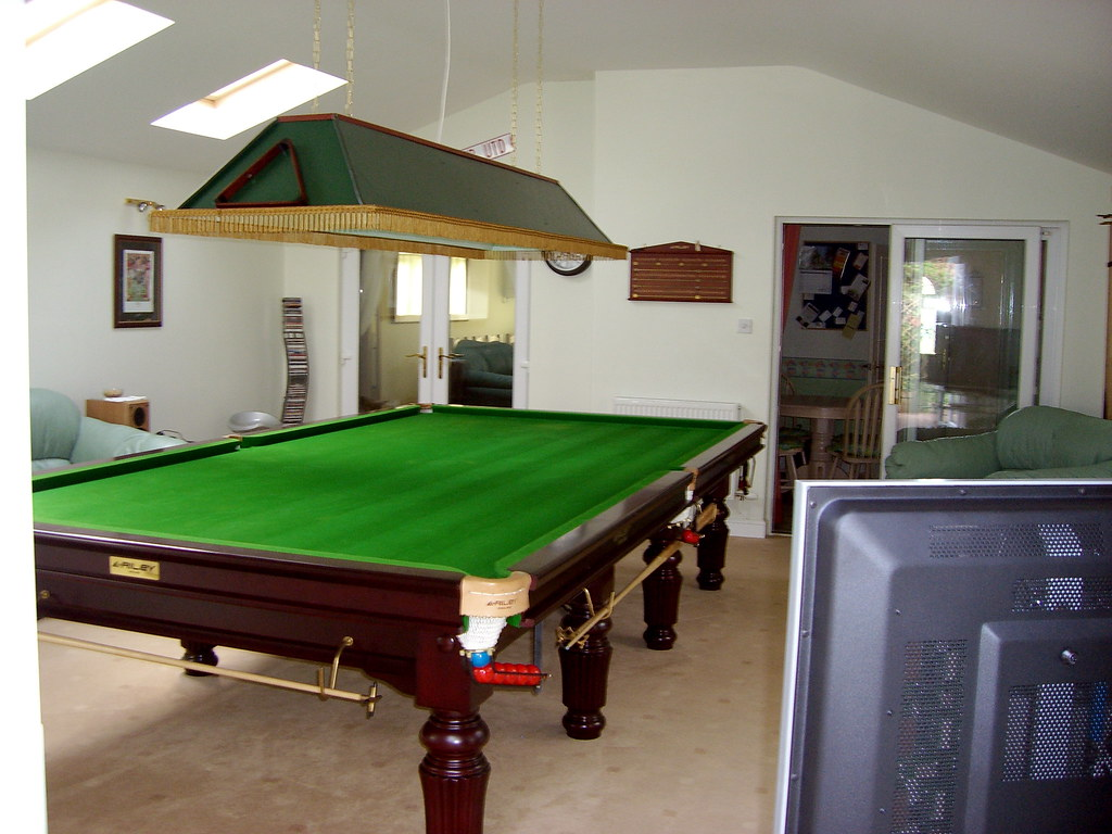 home snooker room